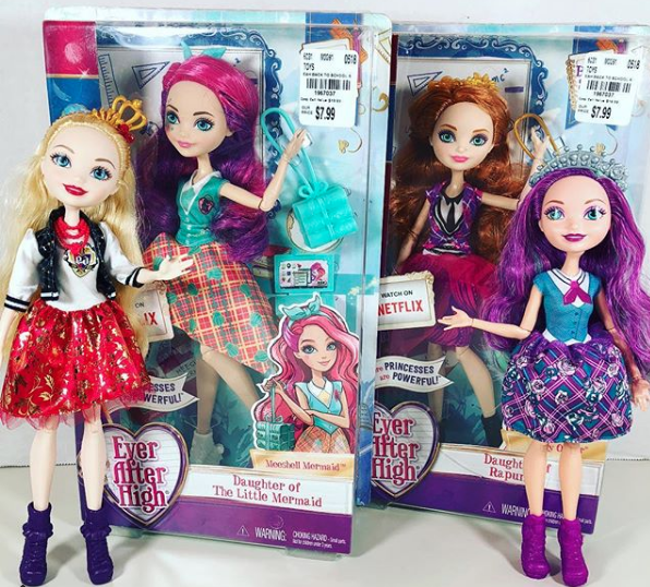 Ever After High Back to School Holly O/'Hair Doll Daughter of Rapunzel